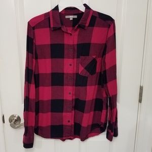 Uniqlo hot pink and navy plaid button down shirt